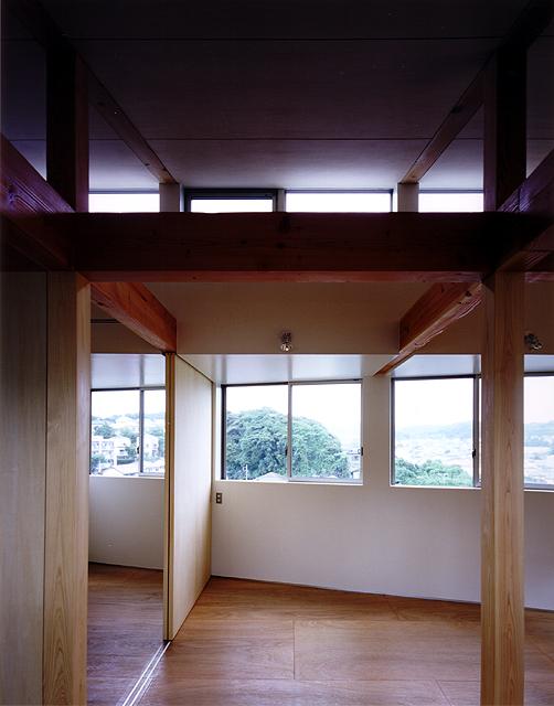 片瀬山の家 2階の各所