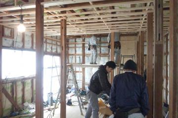 矢来の家 工事の様子 下地