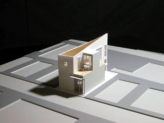 Beams 模型写真-1