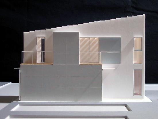Beams 模型写真-5