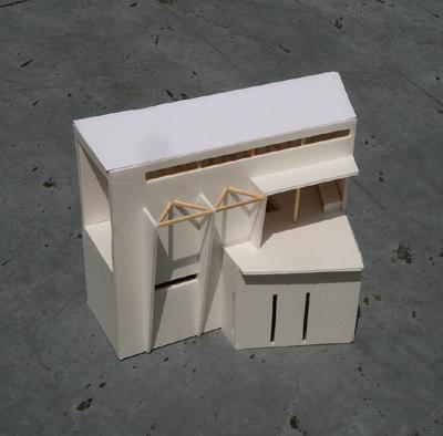 沿線の家 模型写真(南面)