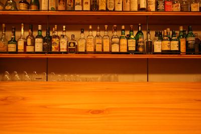 Bar Itohya カウンター