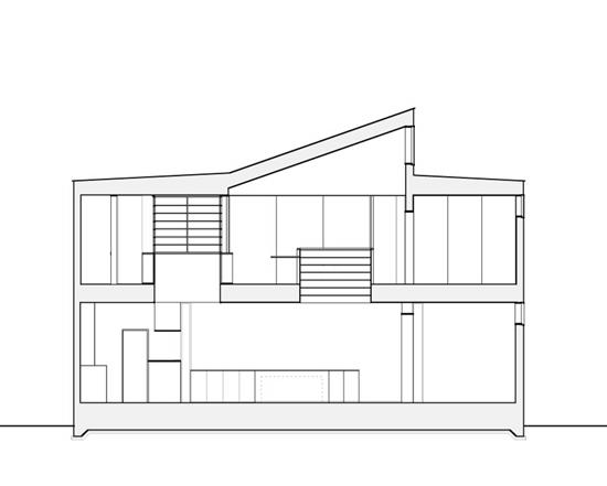 Kさんの家 断面図