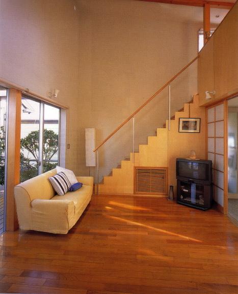鵠沼の家 1階居間