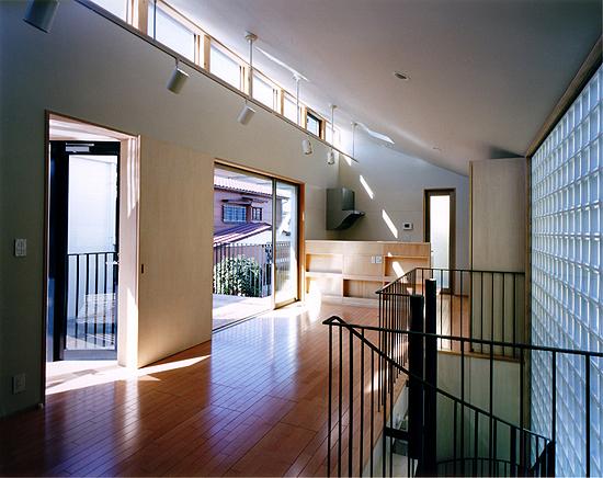 PARALLEL HOUSE 2階居間