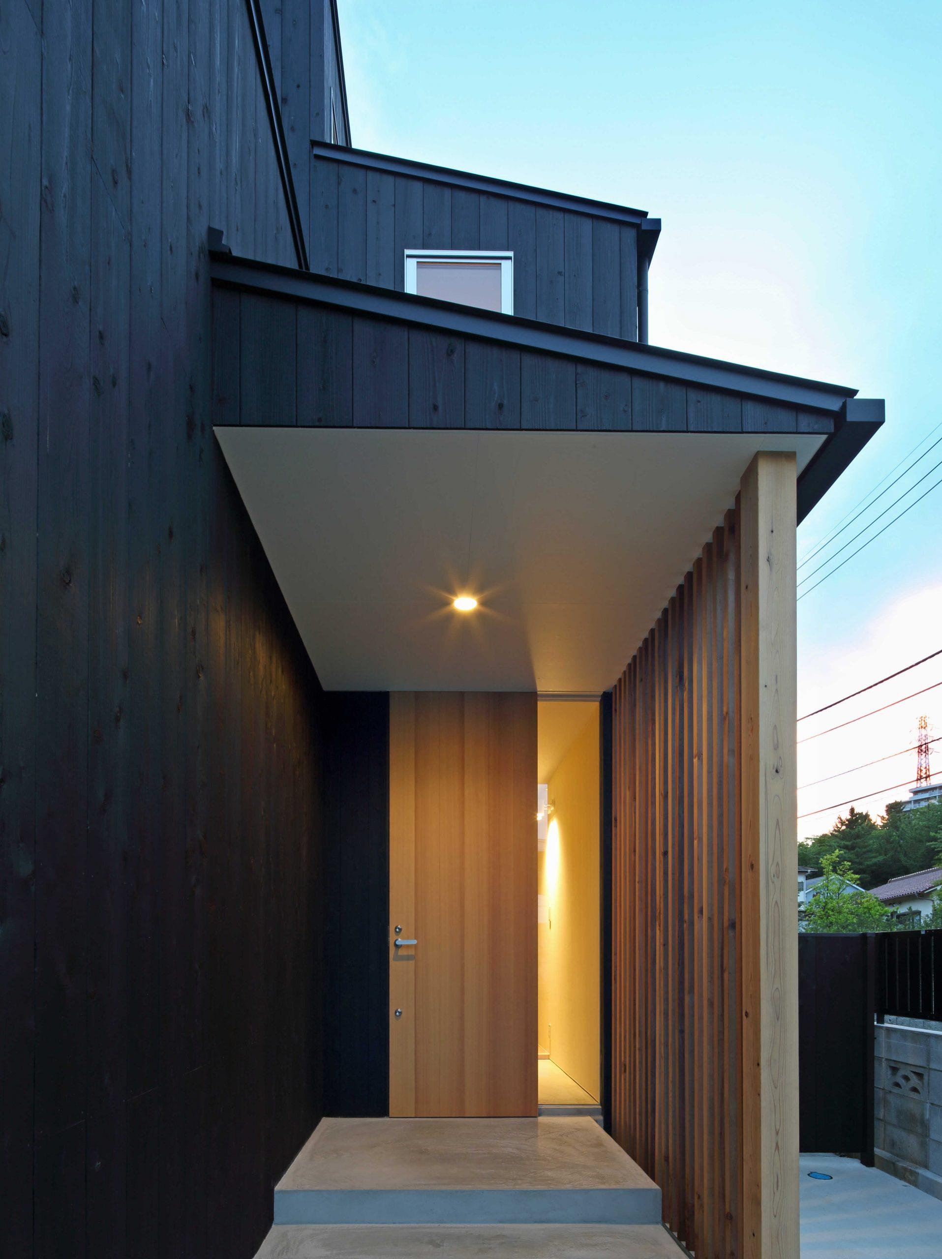 若葉台の家玄関