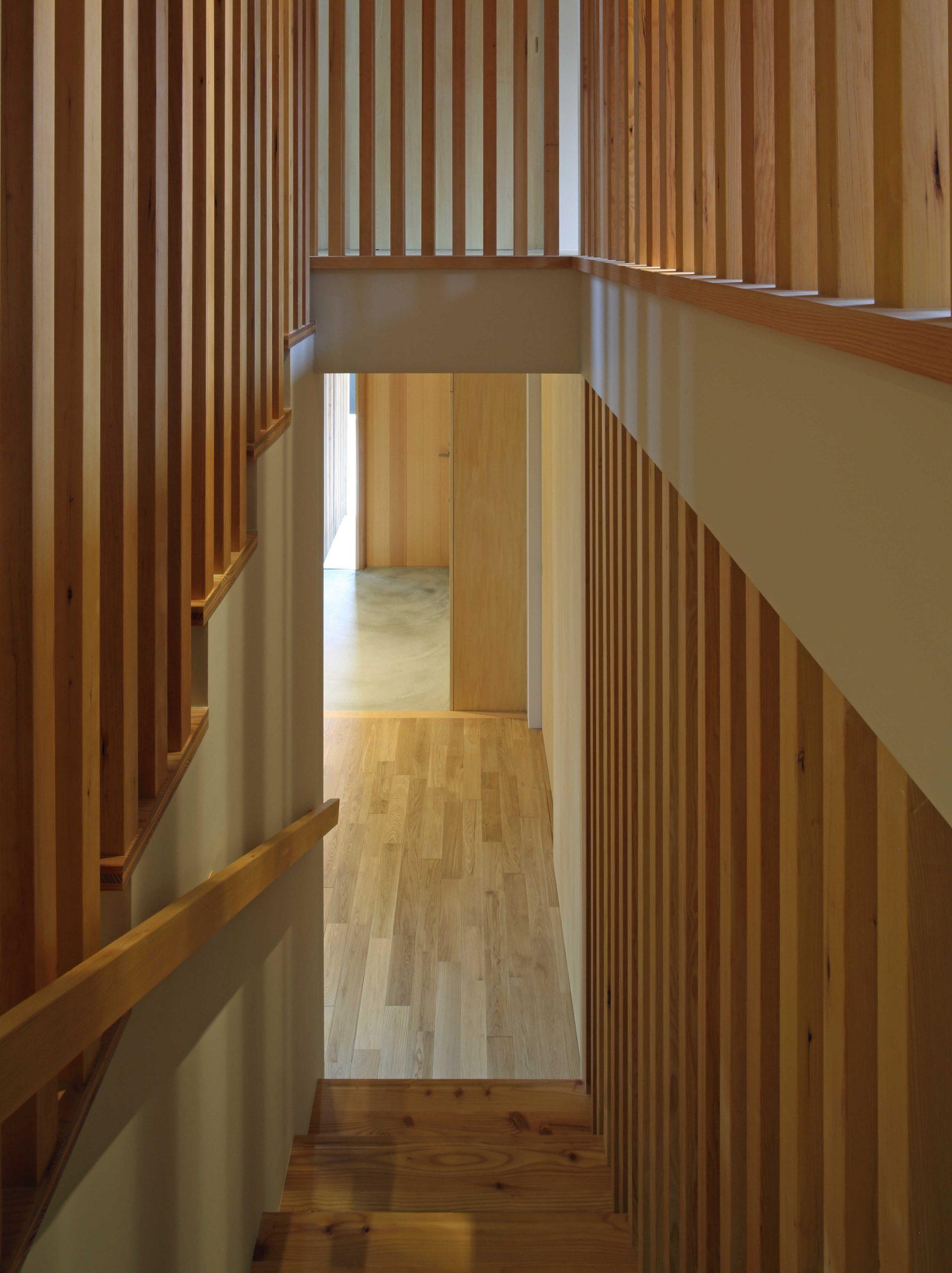 若葉台の家階段